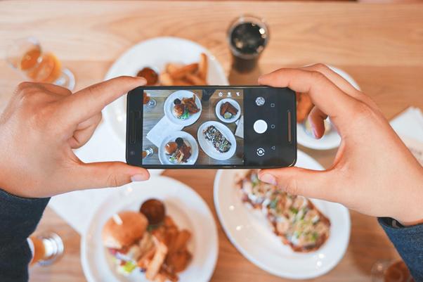 O Instagram é fundamental para empresas de qualquer nicho | Foto: Eaters Collective