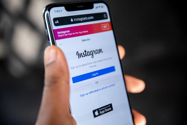 O Instagram é uma rede social importante para manter contato com a sua clientela