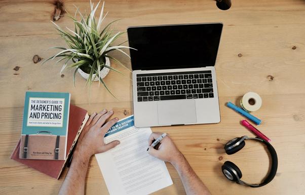 Aprender com um curso de Marketing Digital pode melhorar o lucro da sua empresa